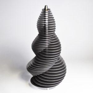 spiralfläche mit zweizähliger drehachse generiert durch zwei sich überschneidende gleichgroße kreise.