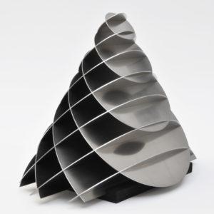 elliptischer kegel aus zwei scharen paralleler kreisschnitte