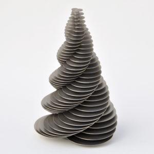 spiralfläche mit dreizähliger drehachse generiert durch drei sich überschneidende gleichgroße kreise